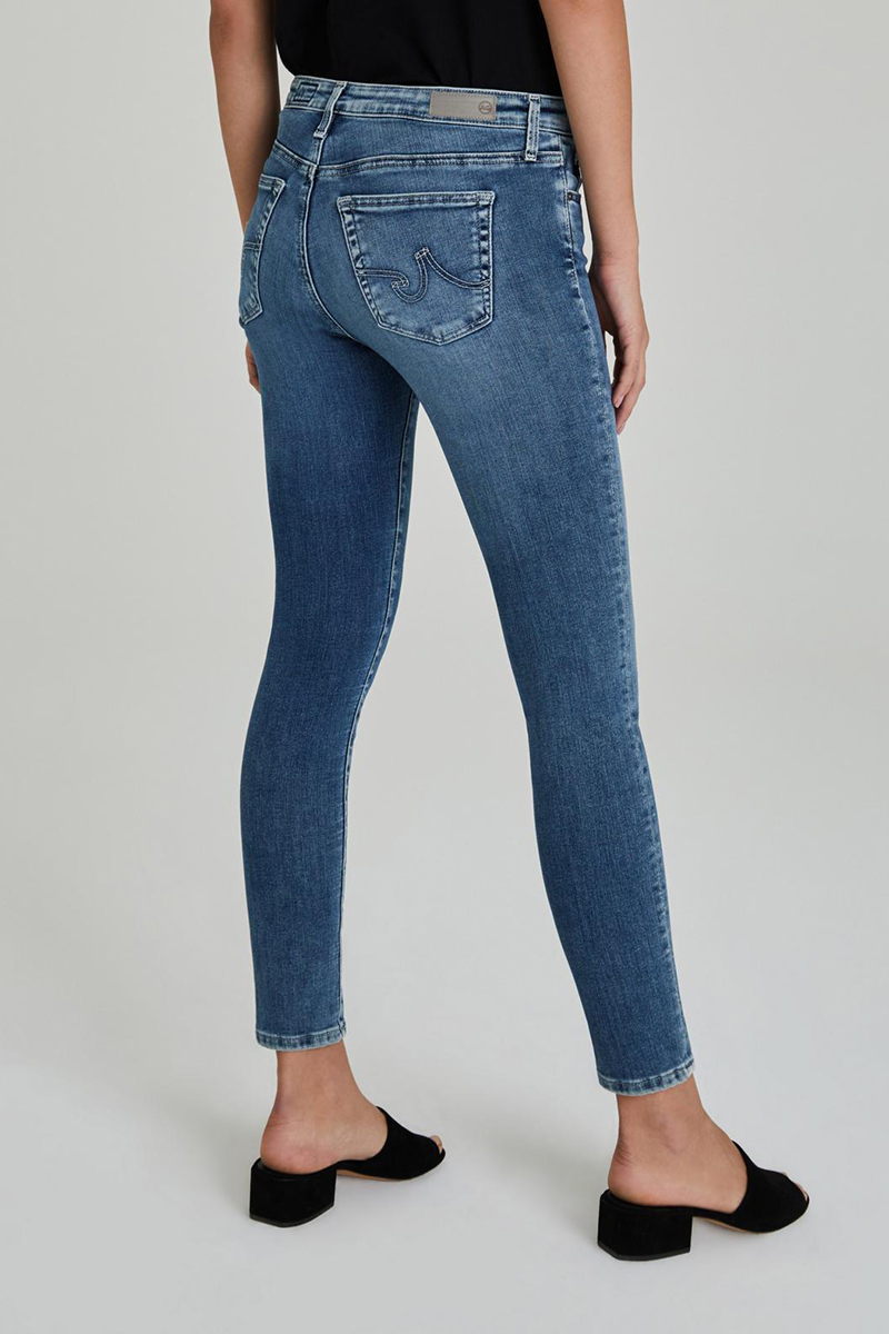 Ag Jeans The Legging Ankle Jean In Mastic 62759