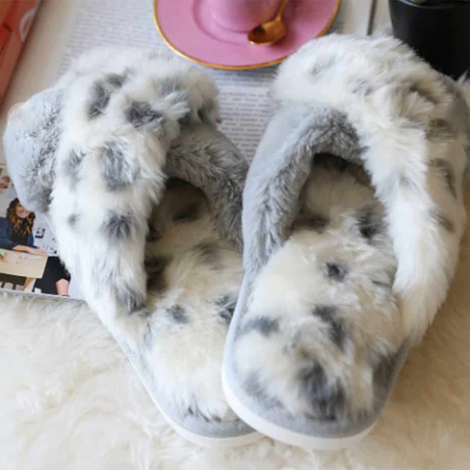 Faux Fur Animal Print Slippers In Grey 75940