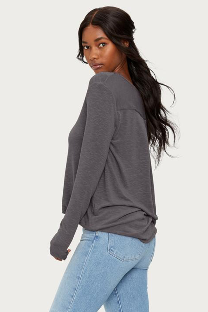 Michael Stars Bonnie V Neck Hi Low In Charcoal 64414